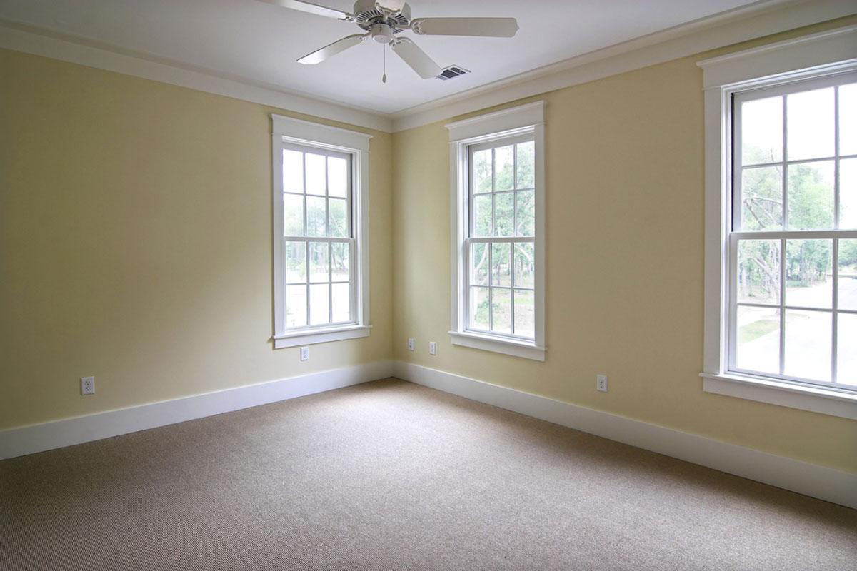 windows-installed-in-bedroom