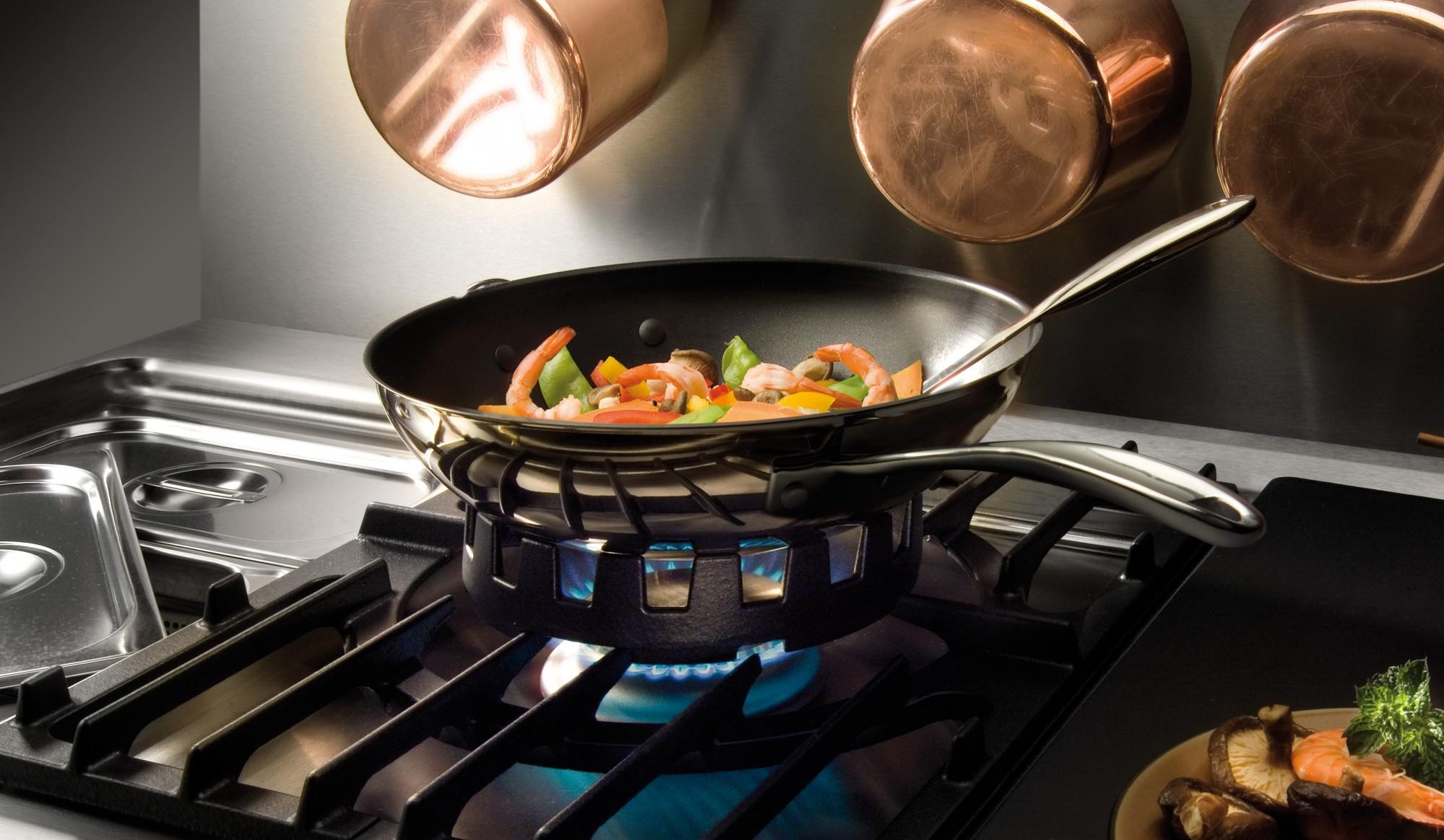 wok-ring-pan